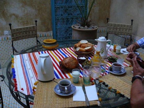 Dar Marhaba: Breakfast