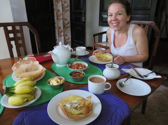 Home Stay Strand: Breakfast!