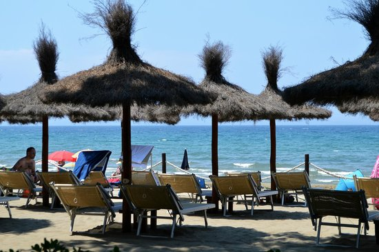 Bed and Breakfast Botrona: Stabilimento balneare Casetta Civinini