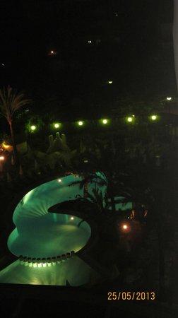 Hotel Girasol : Pool bei Nacht aussicht vom Balkon
