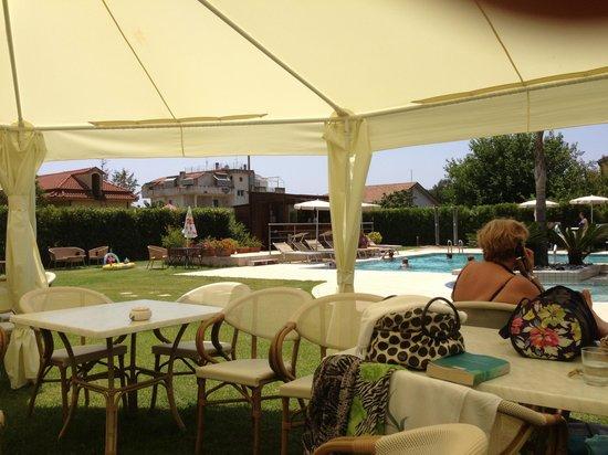 Magicomar Hotel: Piscina 3