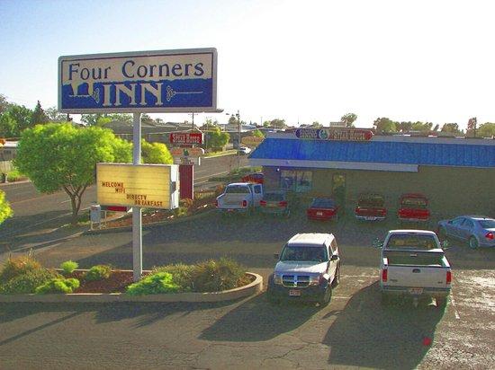 Four Corners Inn : Homestead Steakhouse