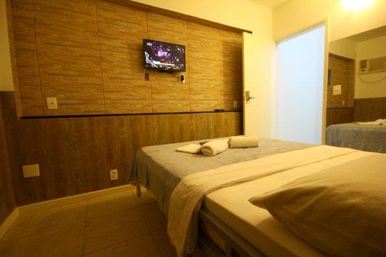 Samba Palace Hostel: Quarto de casal com tv a cabo mais com 144 canais