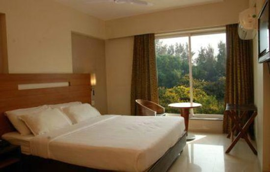 Hotel Tanish Residency : Executive Deluxe Room