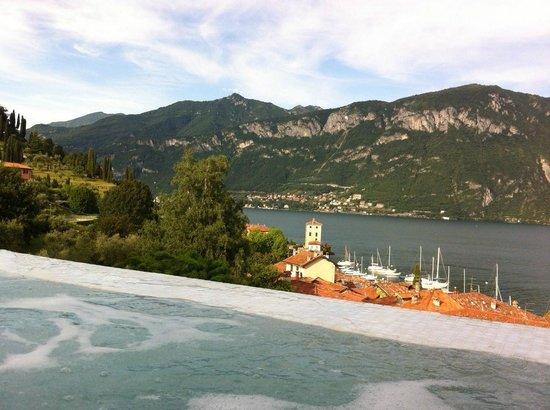 Hotel Belvedere Bellagio: Outdoor Hot Tub