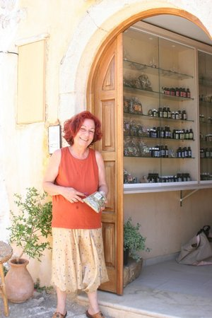 Marianna's Workshop: Marianna in front of her shop