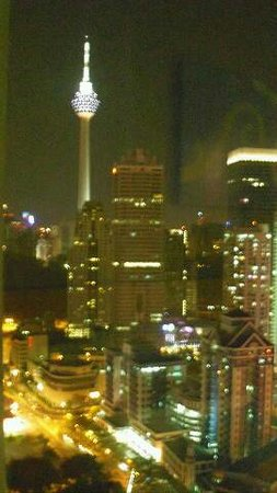 Premiera Hotel Kuala Lumpur: 部屋からの夜景