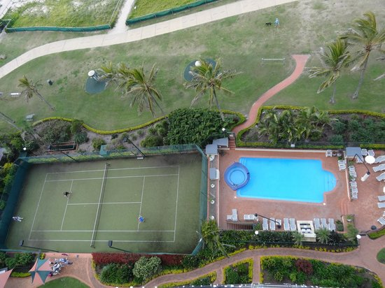 Princess Palm On The Beach: Tennis, pool, bbq areas