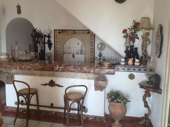 Hotel Villa Mora: Bar