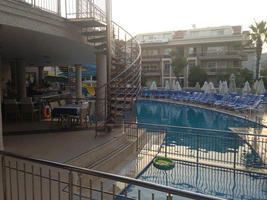 Laberna Hotel: pool area
