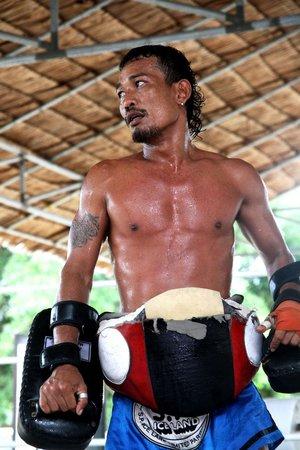Diamond Muay Thai: Owner and headtrainer Mon