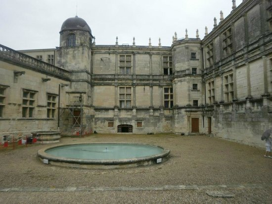 Lagrange Confort+ Le Domaine de l'Oliveraie : château à proximité
