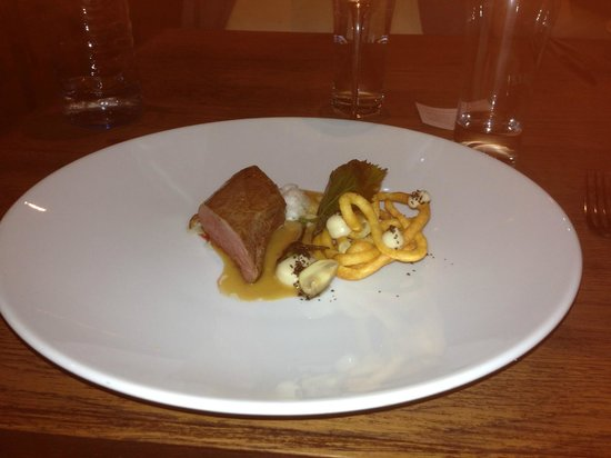 Restaurant Horvath : Venison and Linden Leaf