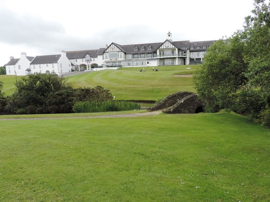Mount Murray Hotel & Country Club : The Hotel and grounds