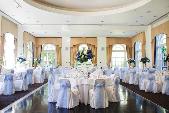 Balbirnie House: Ballroom - photo by Blue Sky photography