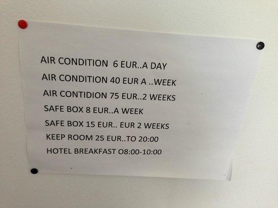 Antony's Hotel: Room notice