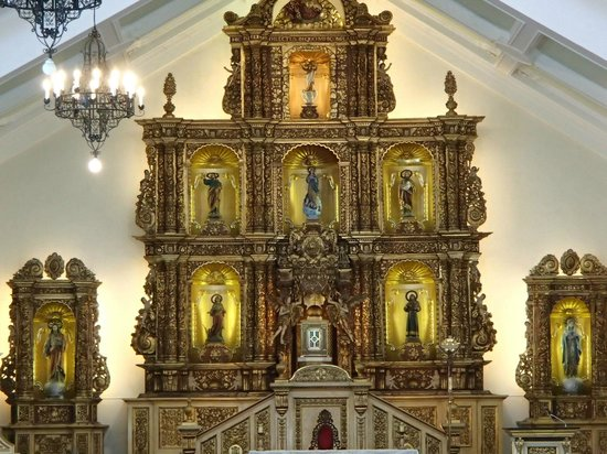 The Transfiguration of Our Lord Cathedral: altar