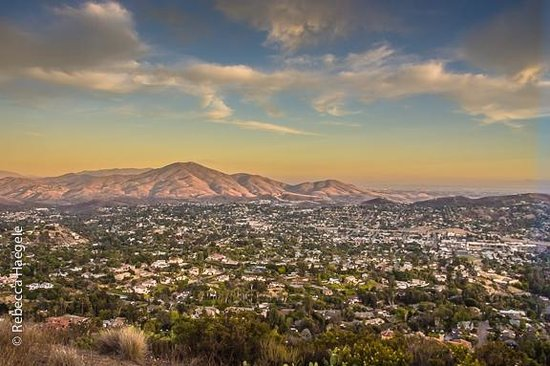 Mount Helix Park : View From Mt Helix at Sunset
