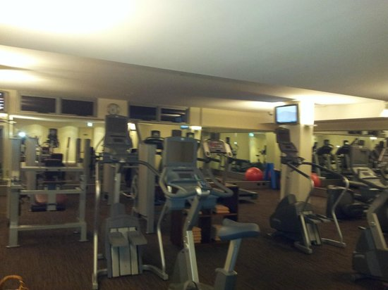 The Richardson Hotel & Spa: Extensive gym