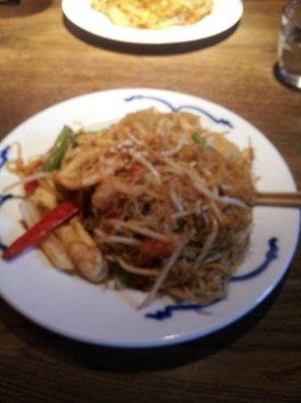 Cha Cha Moon : Seafood Singapore Wok Noodles