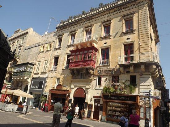 Luciano Valletta Boutique Accommodation: Boutique Hotel