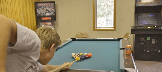 Cascade Village: Enjoy a friendly pool game