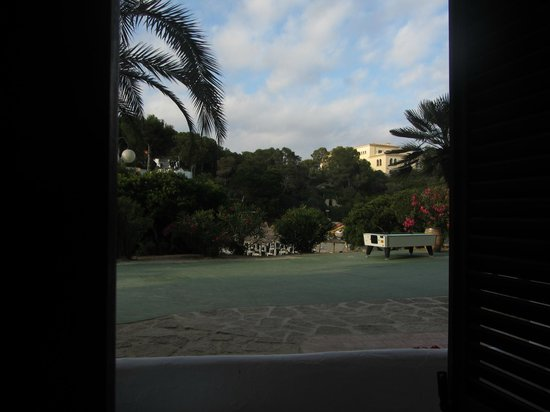Terraza De Planta 0 Picture Of Barcelo Ponent Playa Cala