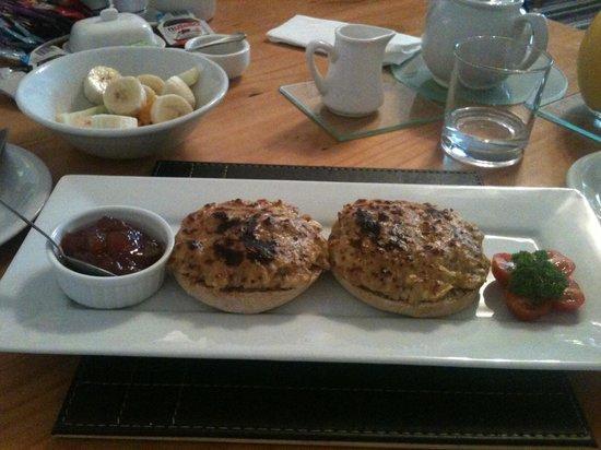 Croyland Guest House: Excellent breakfast 2