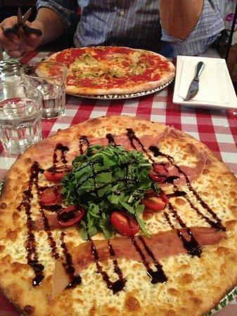 Papa Giuseppe's Pizza & Pints : Pizzaaaaaa...