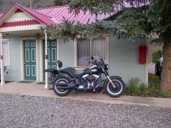 Matterhorn Mountain Motel: Owner is motorbike friendly.