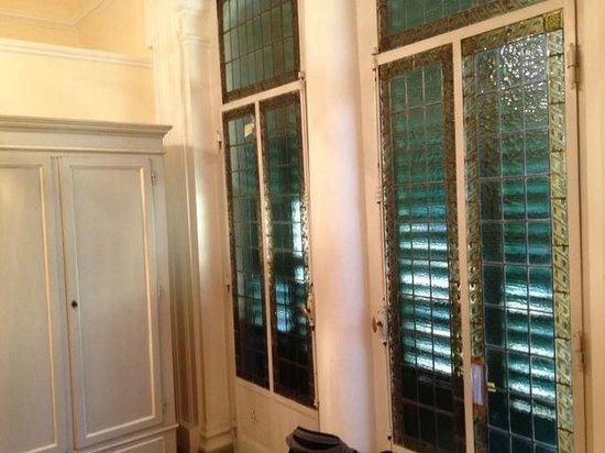 finestre con vetro/piombo - Picture of Soggiorno Rondinelli ...