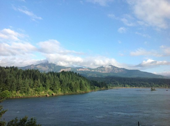 Best Western Plus Columbia River Inn: Our View From Our Room