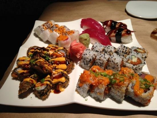 Hot Tuna: awesome sushi!