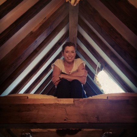 The Weavery Boutique Bed & Breakfast: Loft bed in the suite - love the old beams!