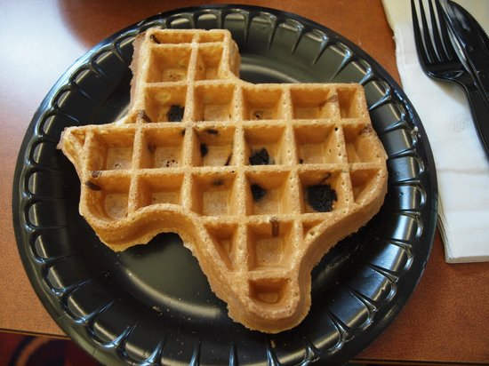 Residence Inn Austin North/Parmer Lane: Texas shaped waffles for breakfast!