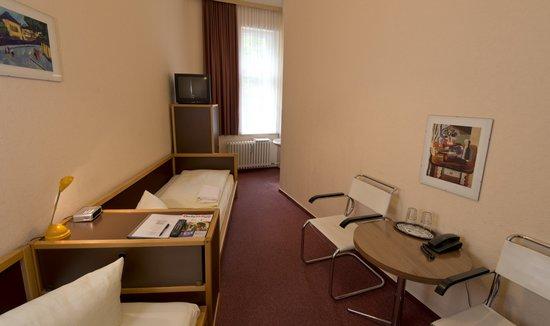 Rewari Hotel : Zweibettzimmer