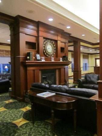 hilton garden inn bangor lobby - Hilton Garden Inn Bangor