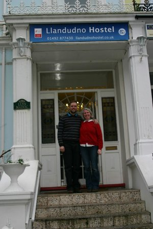 LLandudno Hostel : James and Melissa Owners
