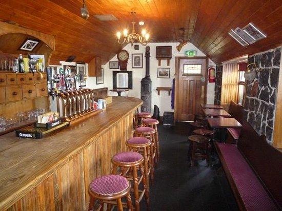 Treacy's Bar & Restaurant: Bar