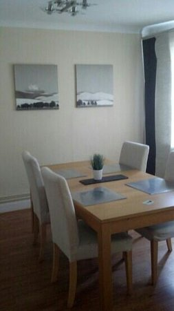 Hotell Ahlstrom: dining room in apartment #8