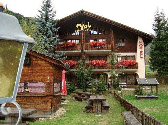 Hotel Badus - La Val
