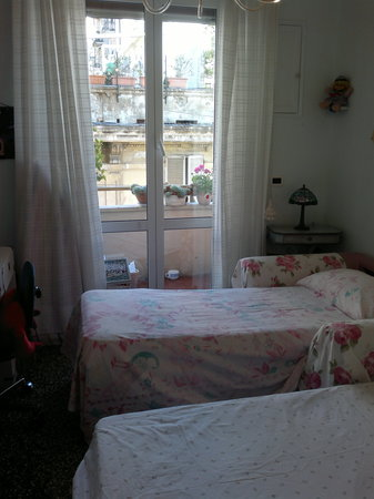 Maya E Leo: camera a due letti singoli, the bed room