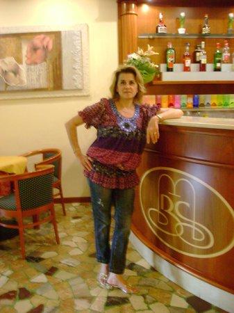 entrata - Picture of Hotel Terme Belsoggiorno, Abano Terme - TripAdvisor