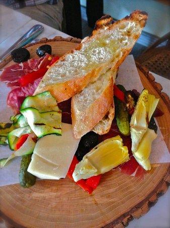 Pomodoro Trattoria & Wine Bar: Antipasto Primo Piatto