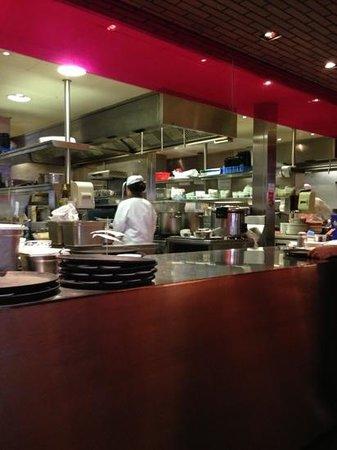 Cha Cha Moon : cucina a vista