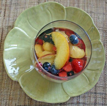 garden-party : fresh fruit soup