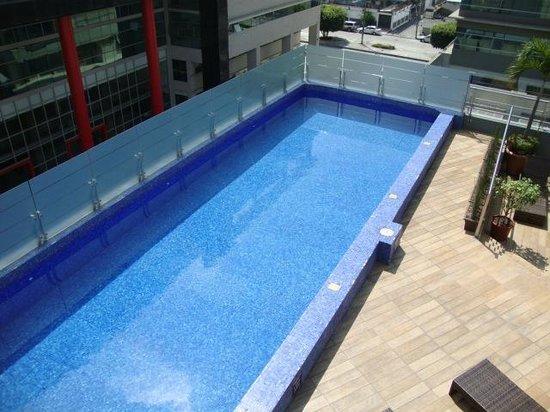 سونستا هوتل جوايكويل: piscina