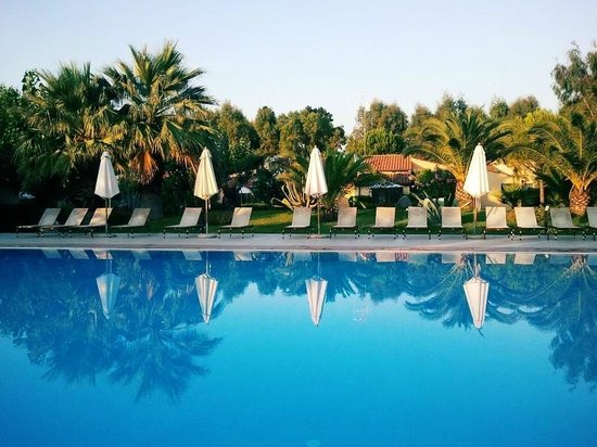 Calalandrusa Beach Resort: Piscina Calandrus
