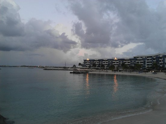 Royal Palm Beach Resort: bahia