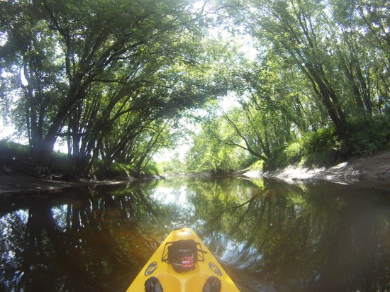 Canoe & Co.: kayak on Missisquoi river